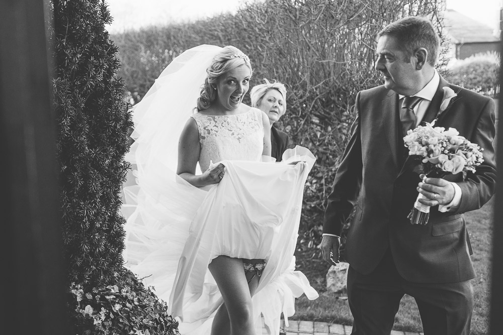 Old Kent Barn Wedding Photography by Chris Deller Photography kent weding photographer-0014